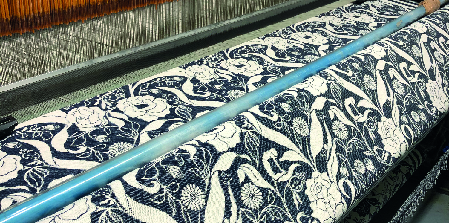 British manufacturing mills knitted navy floral blanket
