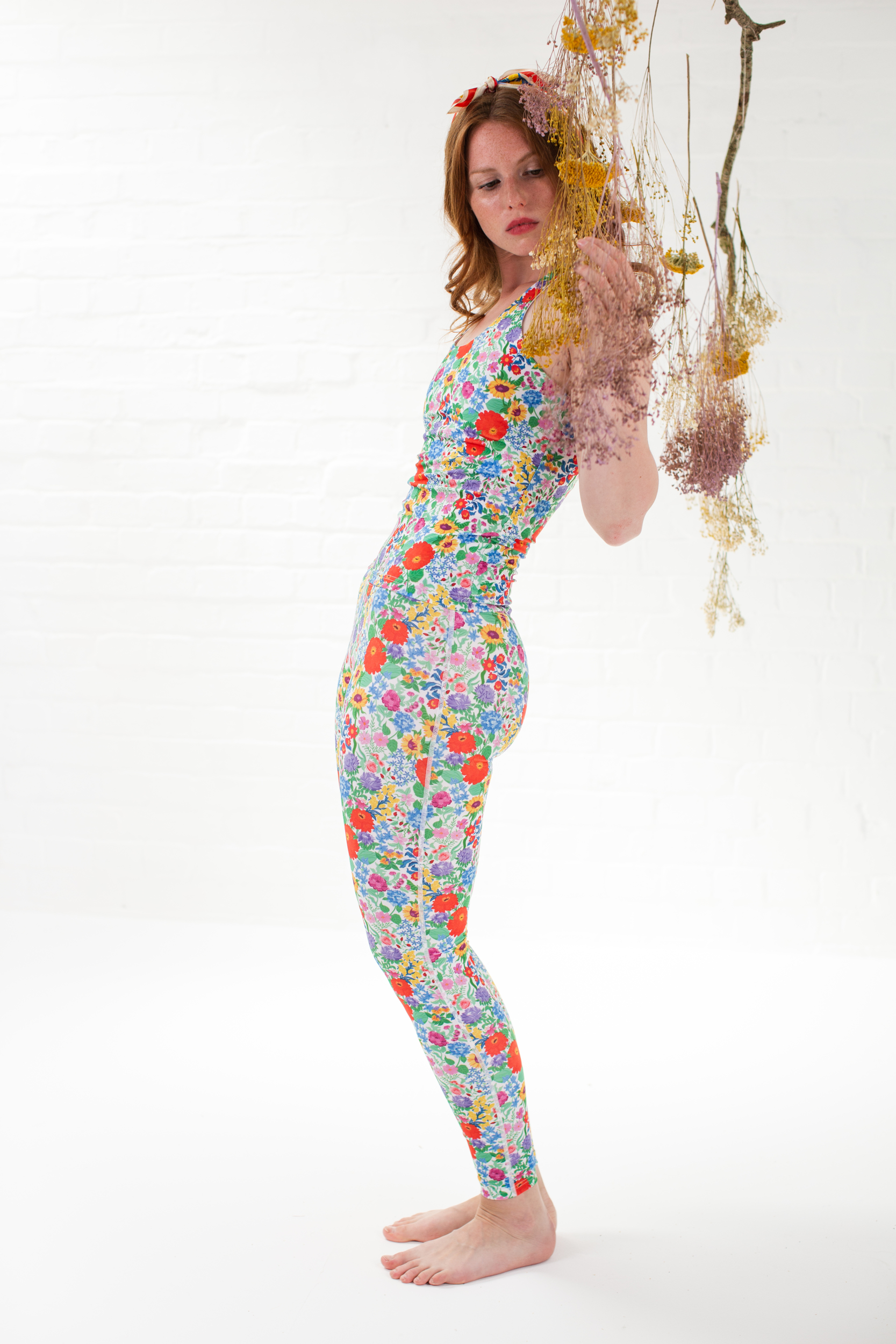 recycled High waist leggings and sports top Bright floral