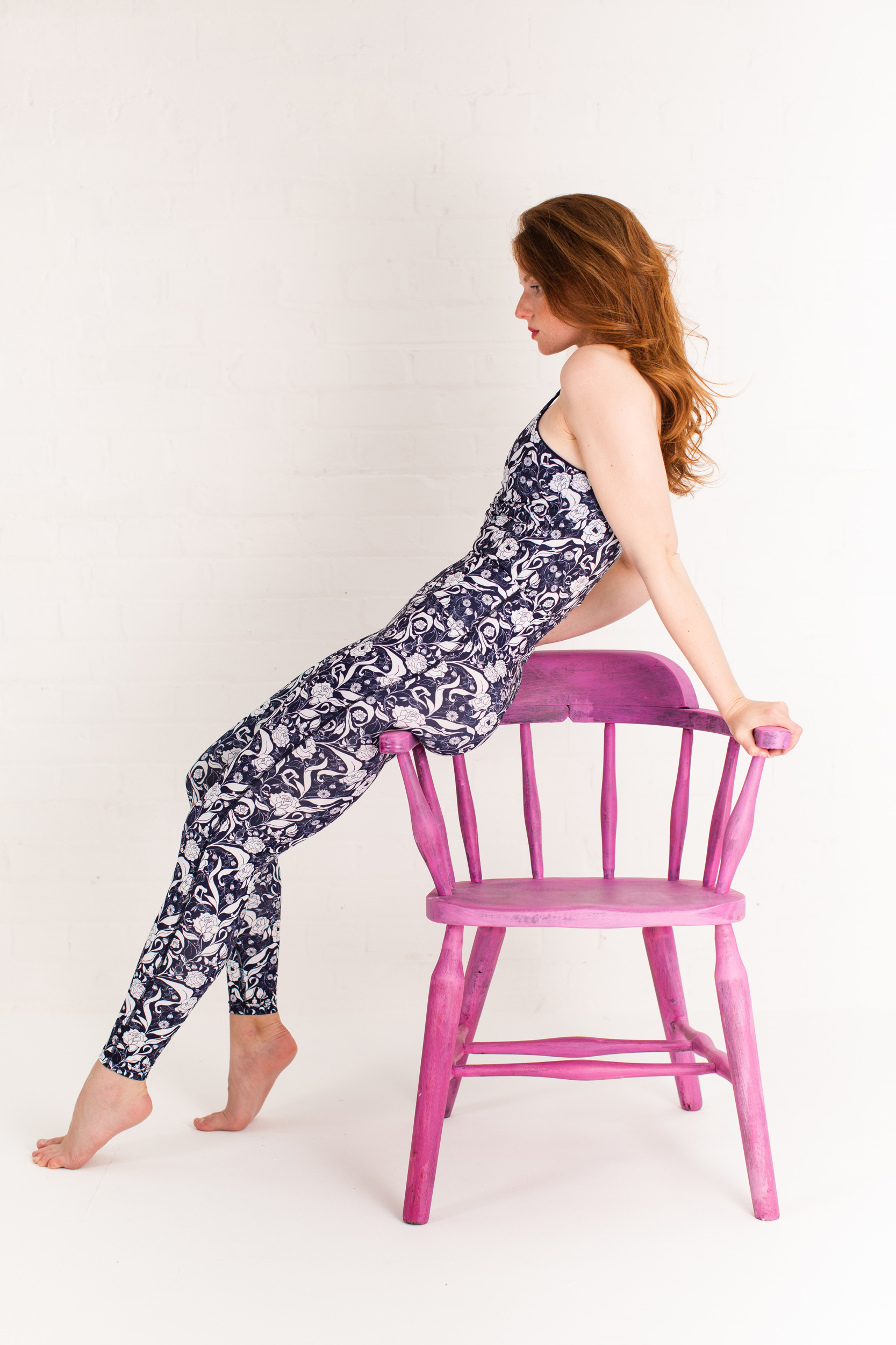 Recycled high waist leggings and sports top navy floral